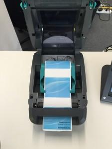 Imprimante et rouleaux bleus Weezevent