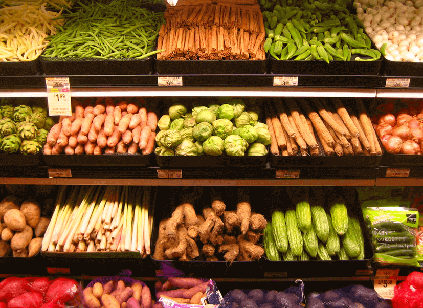 image of colorful produce neatly organized in the grocery store