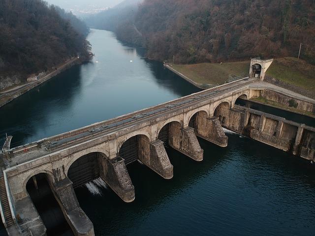 Diga per produrre energia idroelettrica