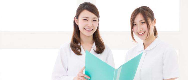 ヒゲ脱毛をおすすめする看護師の女性