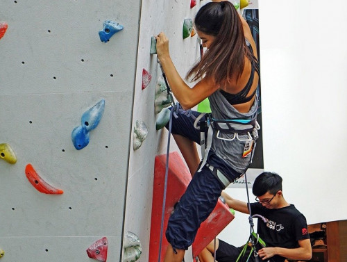 Climbing Date London