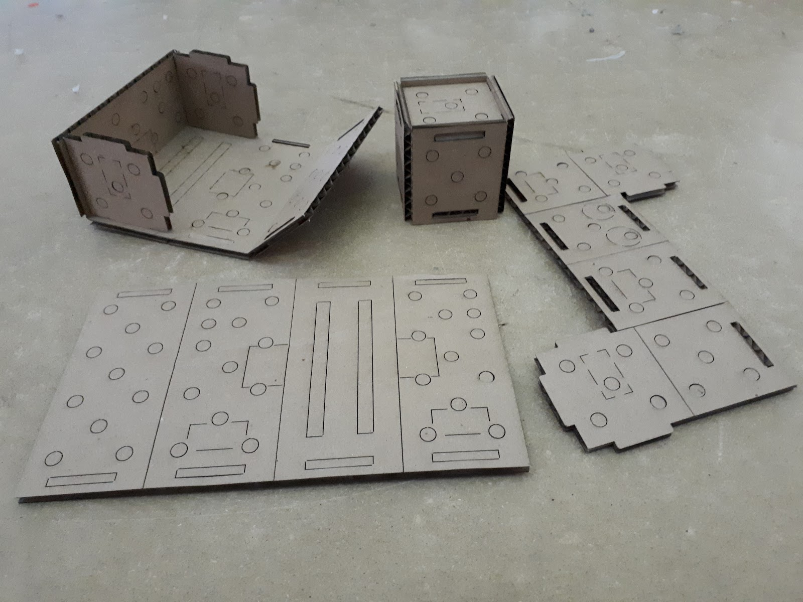 Laser Cut Cardboard Robot Construction Kit | Hackaday io