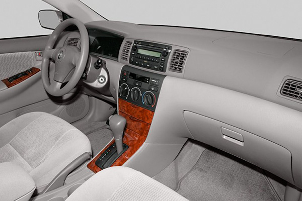 cabin-of-the-the-2006-toyota-corolla