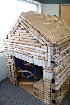 c650957bb4f483475662744d404a680e--cardboard-box-houses-cardboard-rolls.jpg