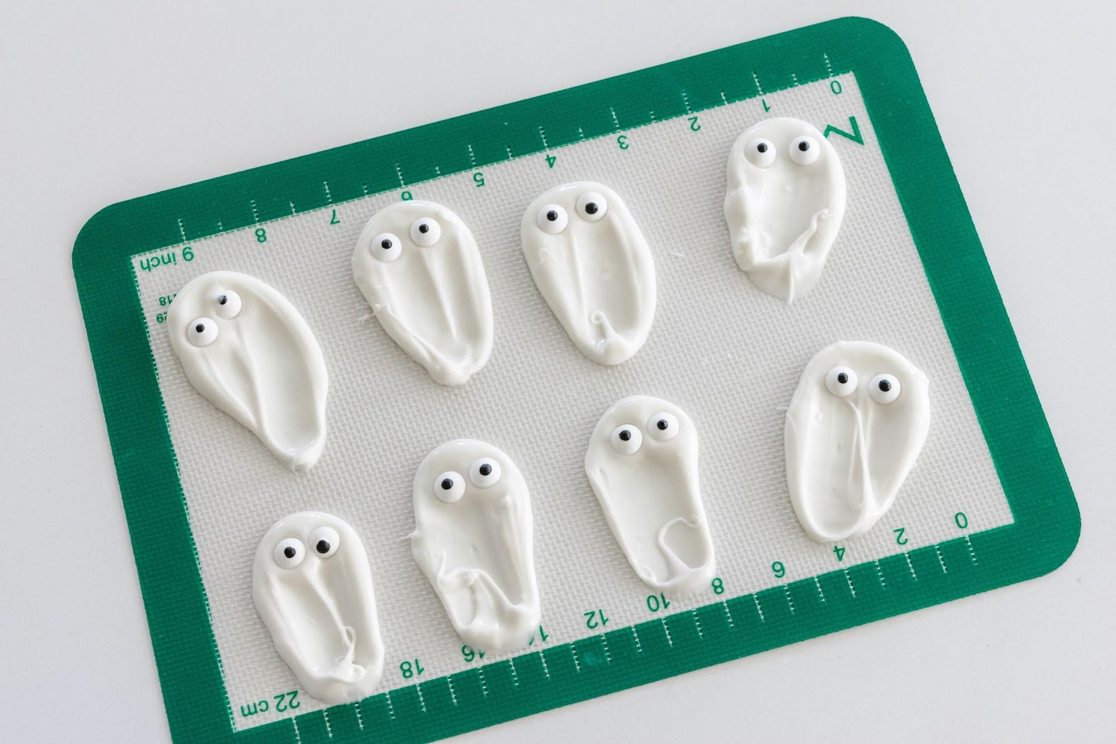 Boo Kit Boosy Ghosts