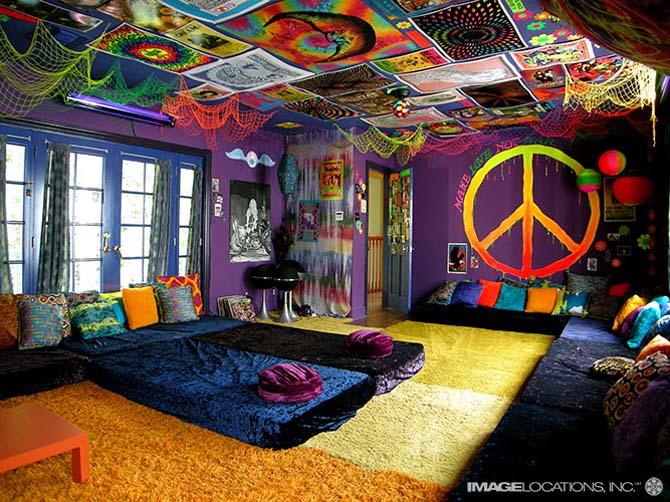 Tasteless hippy beach house decor