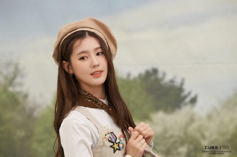 "MIYEON DAILY on Twitter: ""191214 #G_I_DLE #MIYEON 2020 Season's ..."