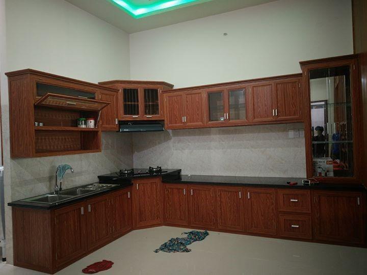 Tại sao người tiêu dùng ưa chuộng sử dụng tủ bếp nhôm kính giả gỗ?