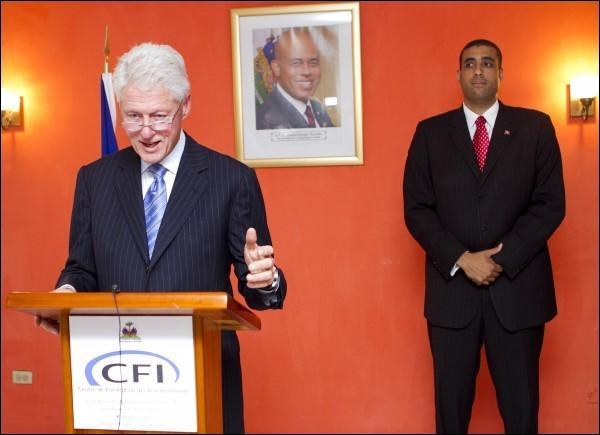 http://www.haitinumerique.com/IMG/jpg/bill.jpg