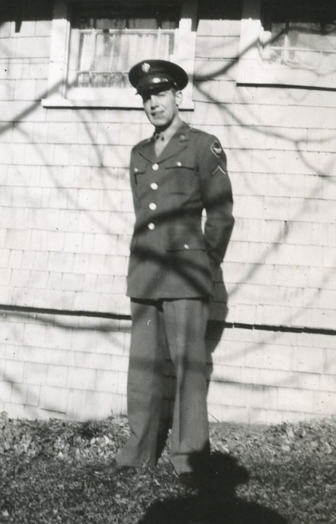 Del at home on his first furlough, 1943