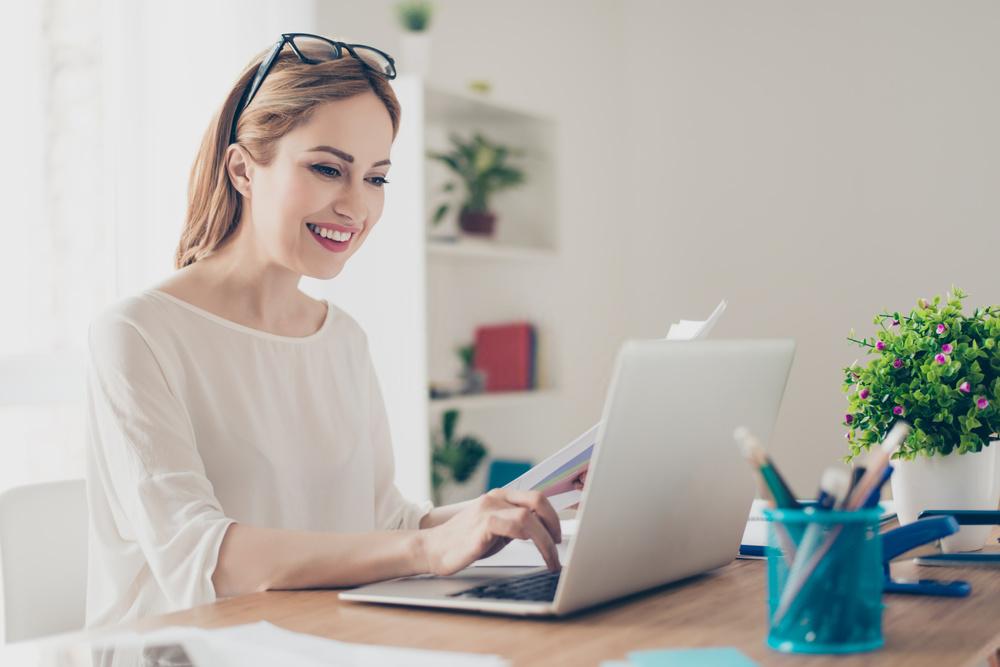 7 Tips Tetap Efektif dan Produktif Saat Work From Home - 2021