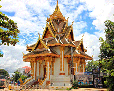 Chùa cổ Wat Sainyaphum