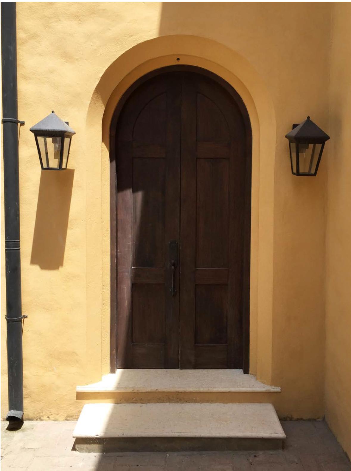 Casa de Tom Entrance