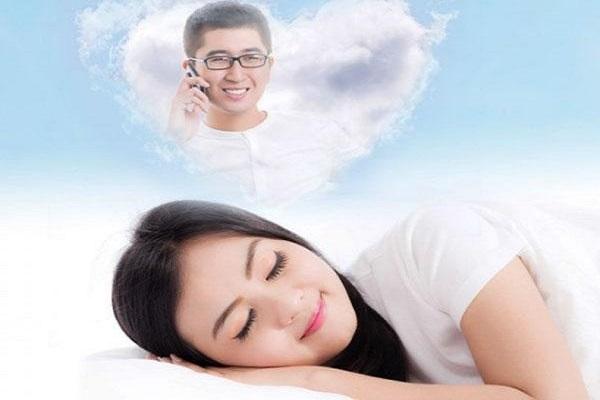 Mơ thấy người yêu cũ hôn người yêu mới