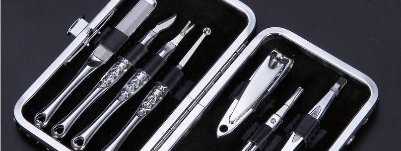 Маникюрные инструменты в чехле