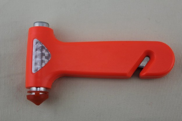 The #1 tool you should keep in your car, this emergency escape device can cut through a seat belt and break a window.