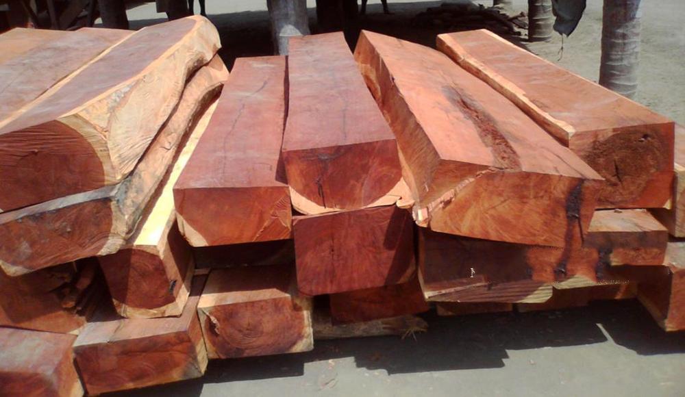 Cách phân biệt bàn ghế gỗ hương thật