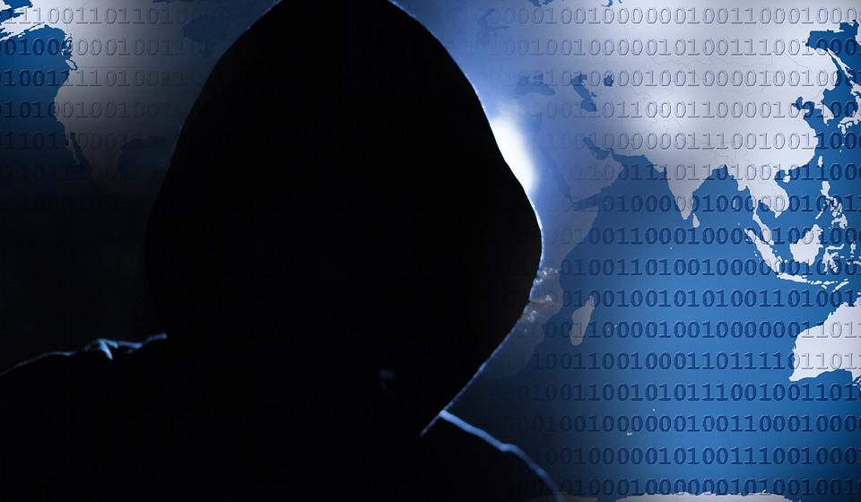 hacker-1952027_960_720.jpg