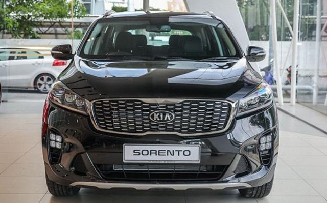 Phần đầu xe Sorento 2018 thanh mảnh và tròn trịa vô cùng đẹp mắt