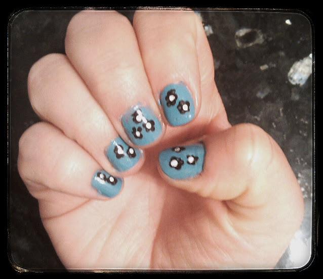 nail art floral