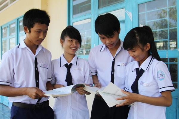 Đặc điểm của đồng phục trường THPT An Lạc quận Bình Tân