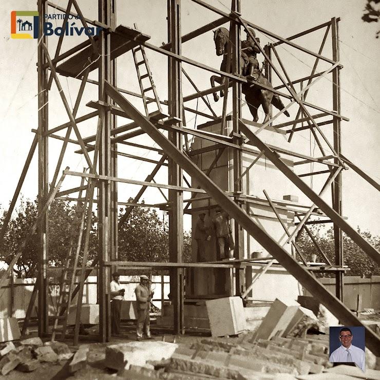 Andamiaje y construcción del Monumento al Gral. Don José de San Martín - Gentileza Julio Ruiz