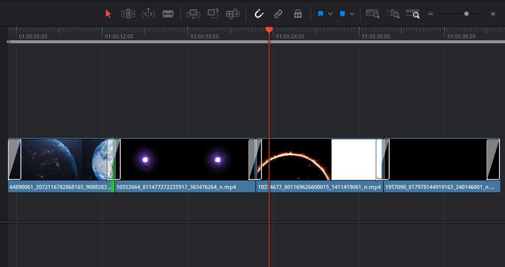 add transitions in DaVinci Resolve