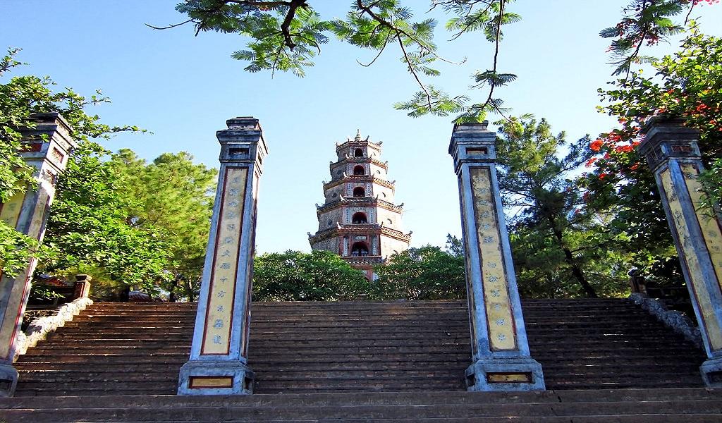 Chùa Thiên Mụ - điểm đến không thể bỏ qua khi tới cố đô Huế