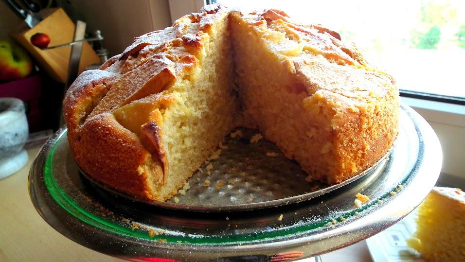 ciasto z maślanką i jabłkami