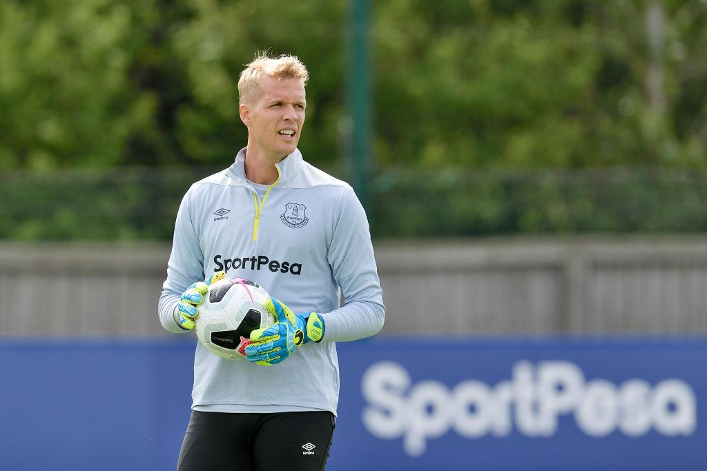 Everton fans react to Jonas Lossl's tweet about first day of pre-season  training - The Boot Room