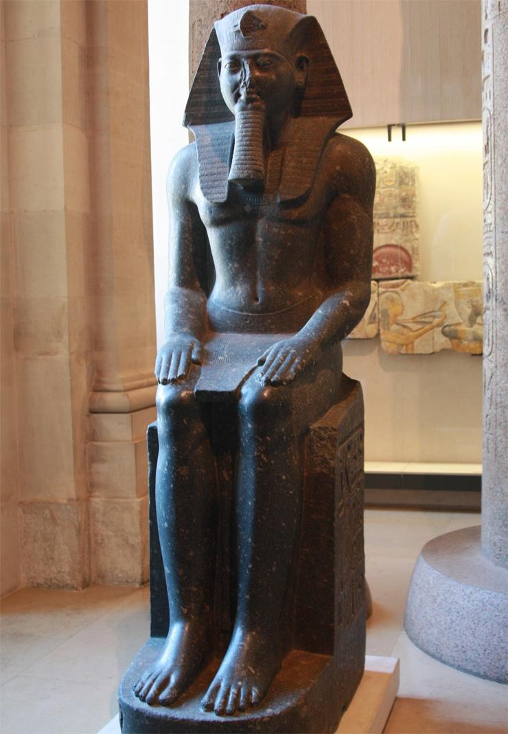 Лувр Статуя Рамзеса II