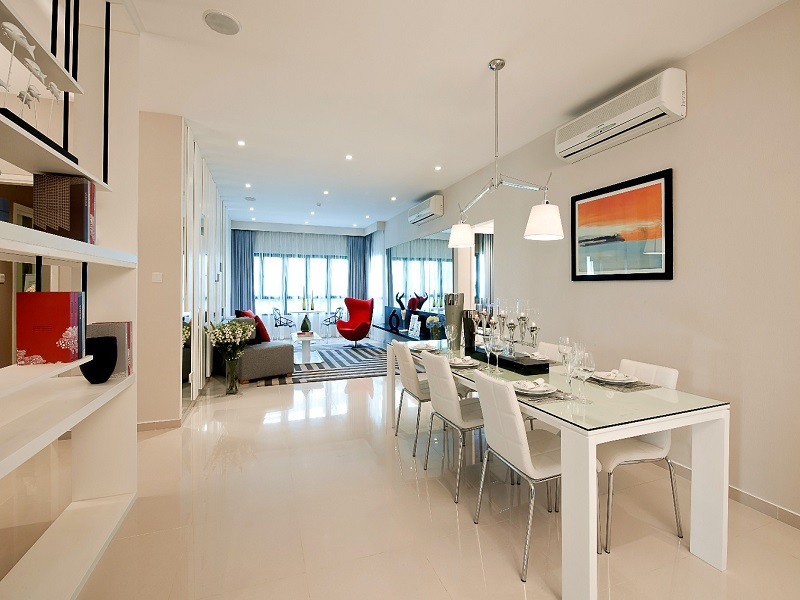Phòng khách trong căn hộ chung cư Gelexia Riverside Tam Trinh.jpg