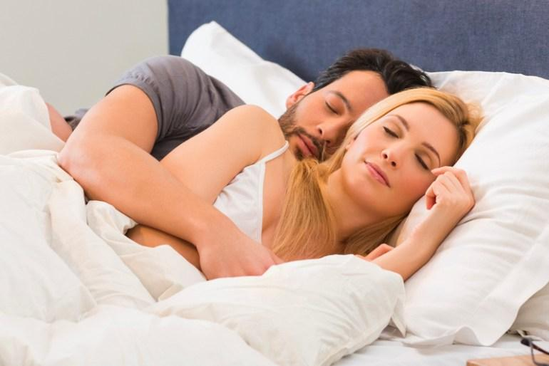 What Is Spooning - Health Benefits And How To Cuddle Video Best Sleeping Positions