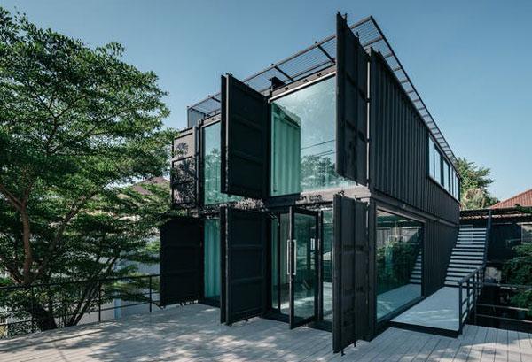 Container văn phòng màu đen kính cường lực cho các không gian cà phê