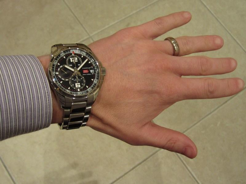 http://img14.imageshack.us/img14/8948/braceletwrist.jpg