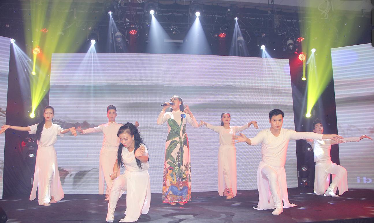 """Nguyễn Thị Hồng Nhung xuất sắc dành giải 3 cuộc thi """"Ngôi sao tiếng hát Đại dương"""" mùa đầu tiên - Ảnh 4"""