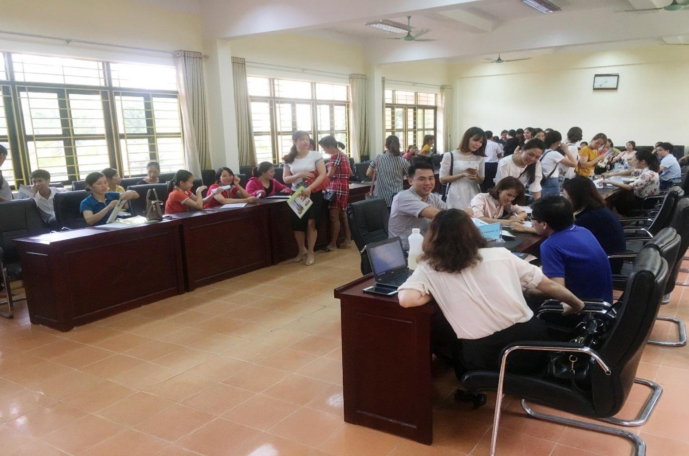 Phân hiệu  ĐHTN tại tỉnh Lào Cai tổ chức nhập học lớp Cao đẳng liên thông Mầm non khóa 19
