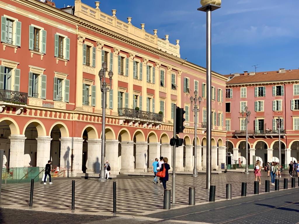 reasons to visit Nice