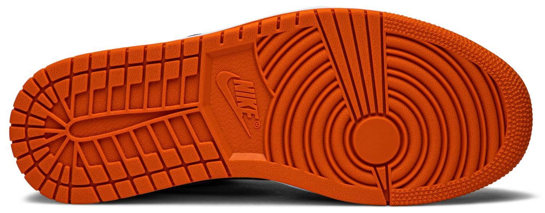 """""""AIR JORDAN 1 LOW Shattered Backboard"""" รองเท้าที่ได้แรงบันดาลใจจากการดังก์จนแป้นบาสแตก 04"""