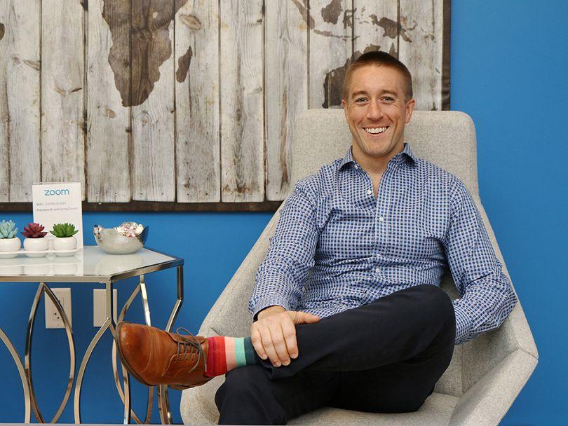 Steve Snyder, Giám đốc Phòng hỗ trợ khách hàng, Trưởng nhóm