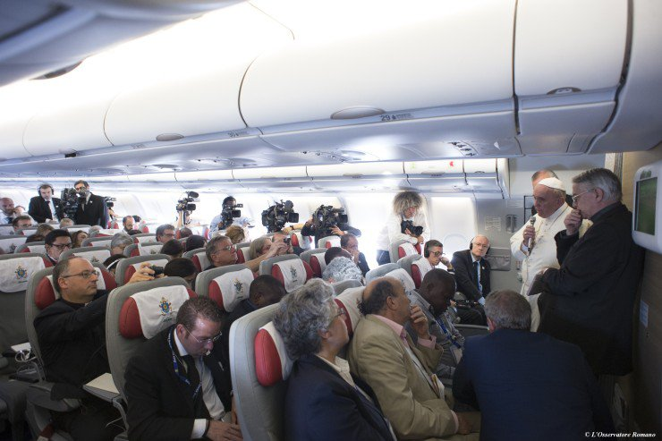 Briefing at Papal flight. Nov. 2015