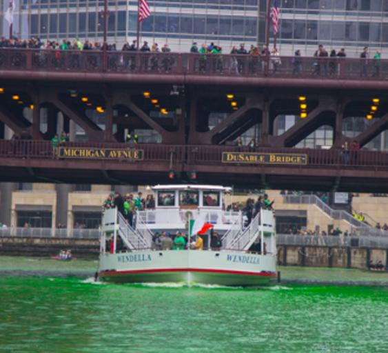 St.-Patrick's-Day-Wendella-Boats-Cruise-Chicago