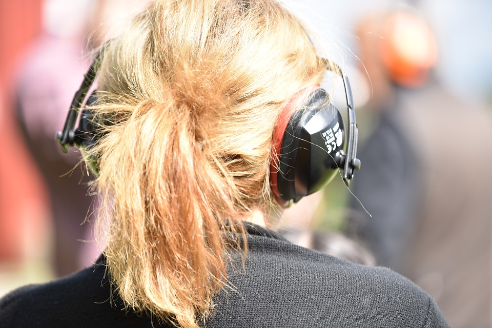 Hair, Pony Tail, Woman, Ear Protection, Main