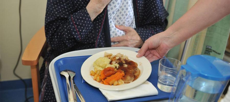 C:\Users\admin\Downloads\Articles\Aug-Articles\nursing-home-food-services.jpg