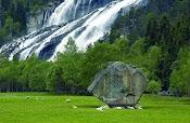 Водопад Видфоссен