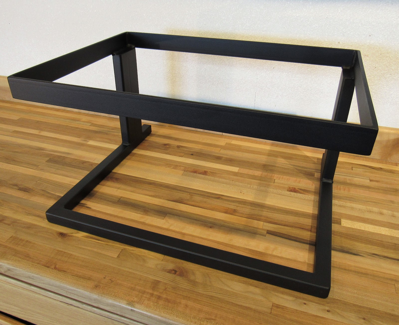 Custom Steel Stands | Deer Creek Audio Classic Audio