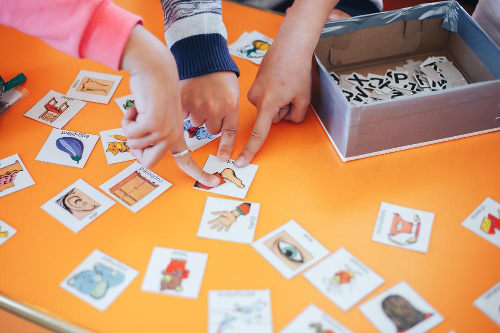 São inúmeras as possibilidades de jogos e brincadeiras em sala de aula. (Fonte: Shuttrerstock)