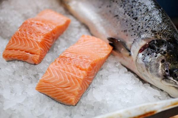 Cá Hồi Na-Uy được ưa chuộng nhất tại các nhà hàng, khách sạn 5 sao