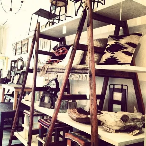 ladder shelves DIY Retail Display Ideas