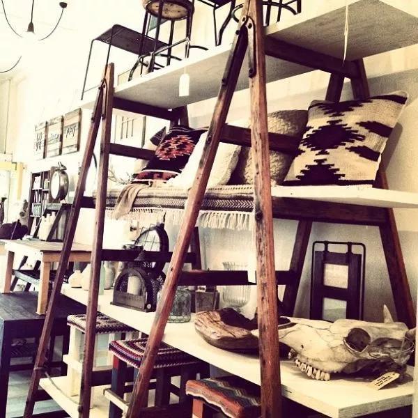 ladder shelves DIY Retail Display Ideas